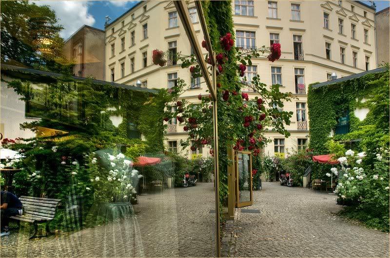 Хакские и хекманнские дворы ( Hackesche Höfe und Heckmann-Höfe), Берлин © Фото M. Кабаковой