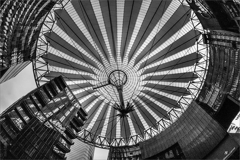 Потсдамская площадь (Potsdamer Platz), Берлин © Фото M. Кабаковой